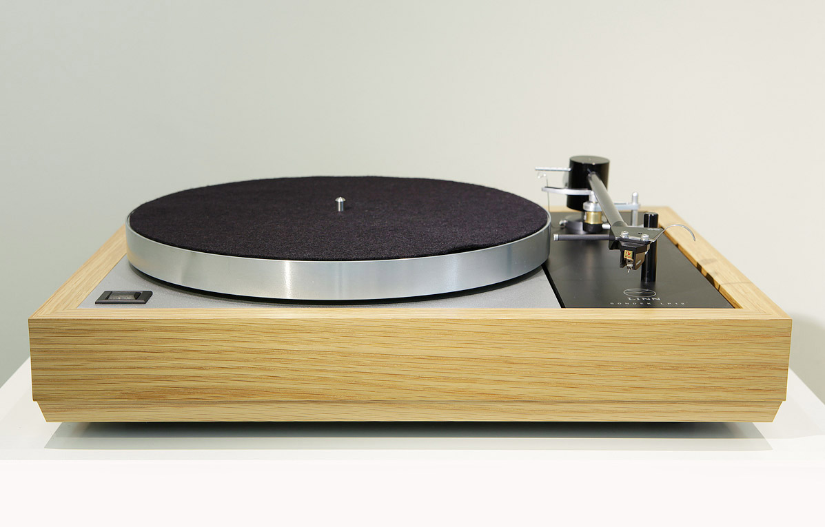 Highend LP12 @ Lotus Hifi
